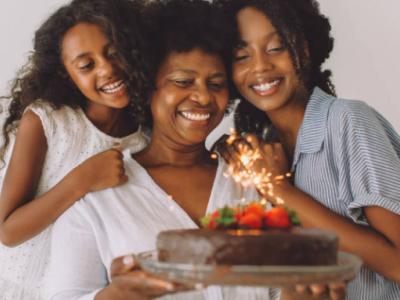 20 mensagens de aniversário com amor que demonstram muito carinho